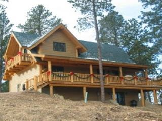 Perfect Cabin with DVD Player and Hot Tub - Sturgis vacation rentals