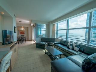 Luxury 2br/2ba At The Conrad Hilton In Brickell - Miami vacation rentals