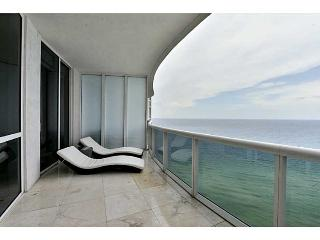 Magnificent 3 Bedroom Condo on the Beach - Sunny Isles Beach vacation rentals