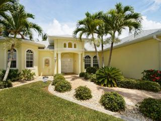 Villa Blue Water incl. boat in Four Miles Cove - Cape Coral vacation rentals