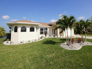 Holiday House Villa Layla s Oasis with pool - Cape Coral vacation rentals