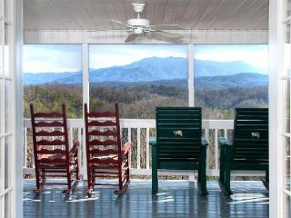 4 B/R, 4 bath, private heated pool, great views - Pigeon Forge vacation rentals
