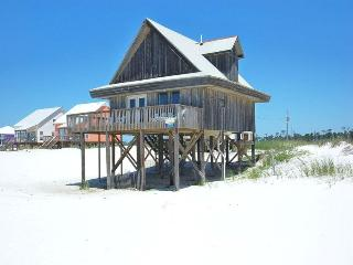Wall Street is Beach Front,Pool,Wifi,Pet Friendly! - Fort Morgan vacation rentals