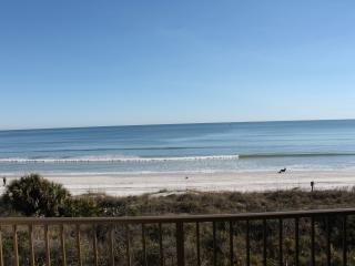 Summerhouse 362, Ocean Front, Wifi, 4 Heated Pools - Crescent Beach vacation rentals