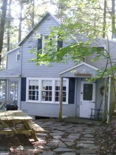 Charming Skaneateles Lakefront Cottage - Moravia vacation rentals