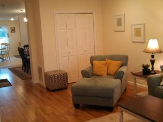CHARMING AND CLEAN 3 BEDROOM BEACH HOUSE - Seaside Park vacation rentals