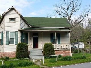 The Hummingbird Vacation Rental House - Hillsboro vacation rentals