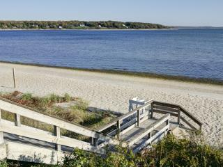 New Renovation, Wine Country Cottage, Water Views - Cutchogue vacation rentals
