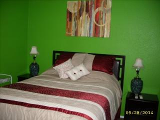 Suburban 1 bedroom - North Las Vegas vacation rentals
