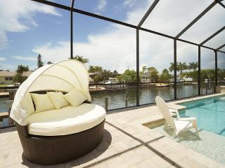 Villa Florida Pearl build in April 2014 - Cape Coral vacation rentals