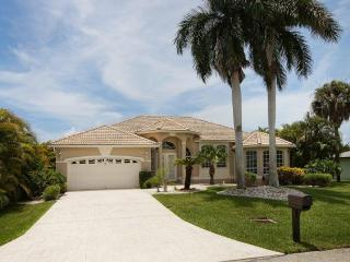 Villa Evelyn with boat dock in Cape Coral - Cape Coral vacation rentals