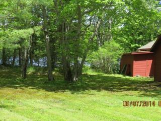 Waterfront Davis pond Eddington Maine - Eddington vacation rentals