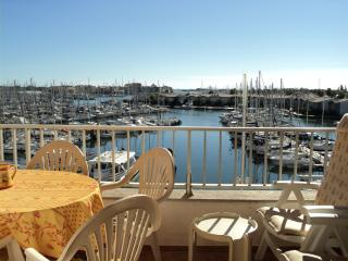 Large 2 Bed Apart with Terrace, Pool and Parking - Cap-d'Agde vacation rentals
