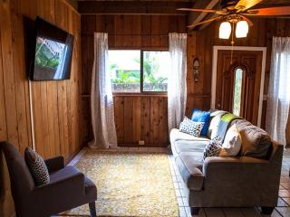 Sunset Surf Bungalow - Last Minute Special - Haleiwa vacation rentals