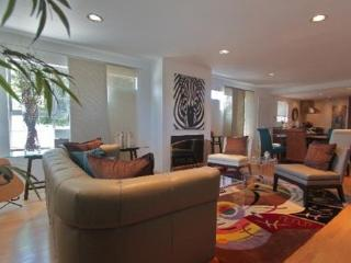 Live the Southern California lifestyle - Venice Beach vacation rentals
