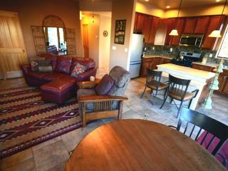 Romantic House with Internet Access and A/C - Village of Oak Creek vacation rentals