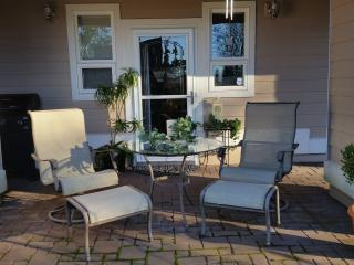 Hummingbird Haven at the Lake1; 2 BR Bungalow/APT - Bellingham vacation rentals