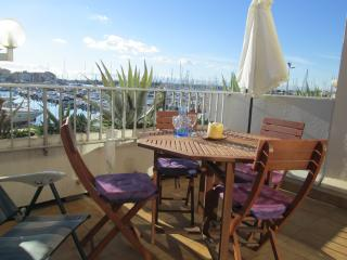 Studio Apart + Terrace + Pool +Parking /Cap D'Agde - Cap-d'Agde vacation rentals