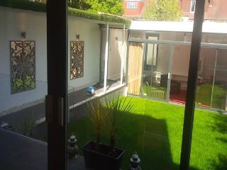 Designer Home - Perfect London Base - Chiswick - London vacation rentals