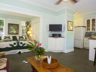 Iao Valley Inn; Private Cottage/Gazebo on 37 Acres - Wailuku vacation rentals