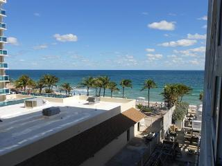 Beautiful Studio Apartment Just StepsOff the Beach - Fort Lauderdale vacation rentals