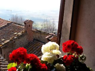 Breathtaking Views in Historical Centre of Cortona - Cortona vacation rentals