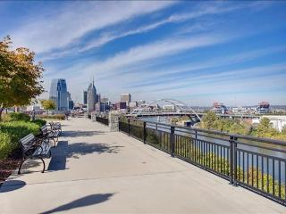 Stay Alfred Rooftop Deck by River and Greenway CV2 - Nashville vacation rentals