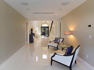 Stunning 6BR Villa Venetia - Miami Beach vacation rentals
