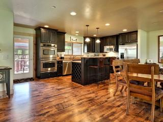 Luxury New Townhome; Gourmet Kitchen & Hot Tub - Park City vacation rentals