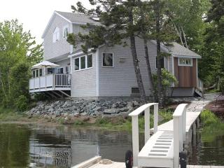 MDI Ocean Front Delight close to all Acadia offers - Southwest Harbor vacation rentals