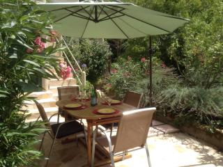 Superbly comfortable house in a vibrant village. - Lodeve vacation rentals