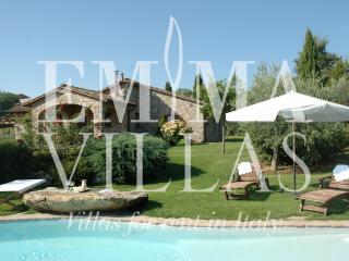 6 bedroom Villa with Internet Access in Parrano - Parrano vacation rentals