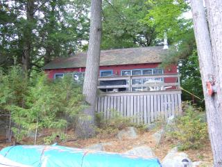 Winnipesaukee Waterfront - Charming Cottage - Moultonborough vacation rentals