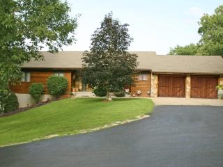 5 Bdrm 4 Bath home on 2 acres with your OWN POOL!! - Branson vacation rentals