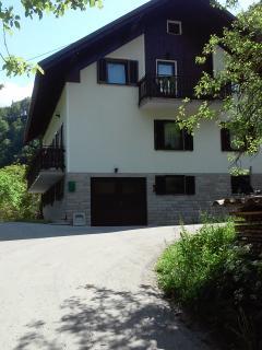 Koren Apartments sleep 7 BBQ 2 balconies riverside - Cerkno vacation rentals