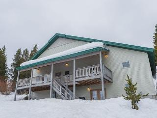 This 10 Bedroom, 8 Bathroom Lodge Sleeps 40 - Island Park vacation rentals