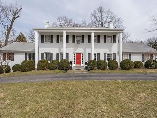 Come To Your White House In Falls Church, Virginia - Annandale vacation rentals