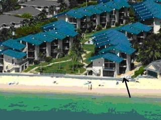Oceanfront 7 Mile Beach-Cayman Reef Resort # 21 - Seven Mile Beach vacation rentals