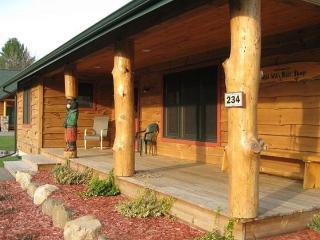 Bait Shop- Ultimate 5 Bedroom Custom Home - Wisconsin Dells vacation rentals