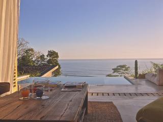 Beautiful Villa with Deck and Internet Access - Santa Teresa vacation rentals
