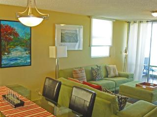 Direct on Beach, In Middle of Casinos, Restaurants - Isla Verde vacation rentals
