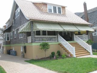 400 feet to beach - 9 bedrooms, 6 baths - Cape May vacation rentals