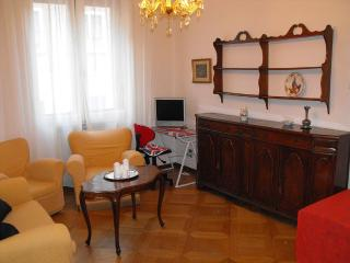 Comfortable apartment Downtown Ferrara - Ferrara vacation rentals