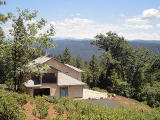 The House of Stars and Views - Twain Harte vacation rentals