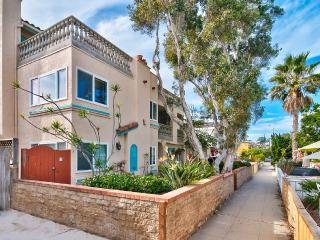30 Steps to the Sand! Best of Beach and Bay! - San Diego vacation rentals