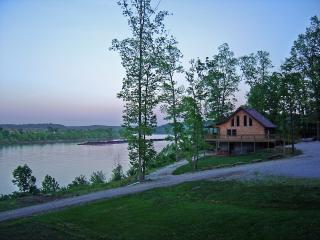The Rivers Edge-Perfect Place to Bring Your Family - Magnet vacation rentals