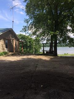 Stoney Retreat in Derby, IN on the Ohio River - Derby vacation rentals