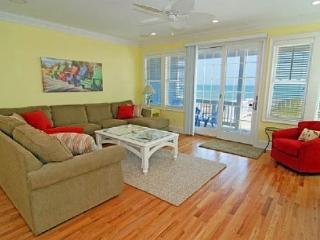 Coastal Dream WEEK OF AUGUST 21, 2016 JUST REDUCED - Kure Beach vacation rentals