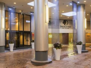 Perfect Doubletree Hotel Chicago Magnificent Mile - Chicago vacation rentals