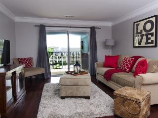 Nice Condo with Deck and Internet Access - Atlanta vacation rentals